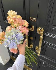 My Flower, Pretty Flowers, Pastel Flowers, Fresh Flowers, Spring Flowers, Photowall Ideas, Flower Aesthetic, Aesthetic Green, Aesthetic Pictures