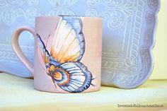 Regalos hechos a mano: tazas decoradas con servilletas Diy Projects, Mugs, Tableware, Decoupage, Decorating Cups, Mason Jars, Tiles, Napkins, Furniture