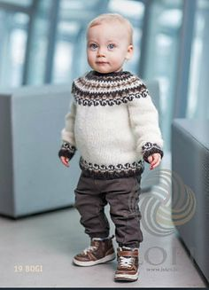 Bogi pattern by Ístex Yarn Stricken , Baby Boy Knitting Patterns Free, Knitting For Kids, Icelandic Sweaters, Knitted Baby Clothes, Robin, Fair Isle Knitting, Ethical Clothing, Baby Sweaters, Handmade Clothes
