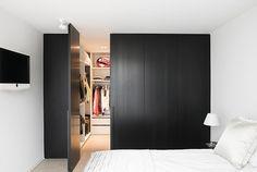 Bedroom Bed Design, Home Bedroom, Bedroom Decor, Future House, Wardrobe Room, Bathroom Interior Design, Unique Home Decor, Luxury Homes, Home Furniture