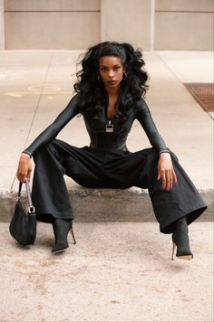 Not autumn at all, but come on. Black Girl Magic, Black Girls, Beautiful Black Women, Beautiful People, Classy Outfits, Cute Outfits, Mode Ootd, Looks Black, Black Girl Aesthetic
