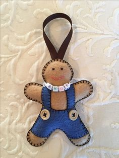 Felt crafts, felt ornament, gingerbread baby, gingerbread boy, gingerbread man, personalized ornament, made by Janis