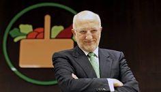 Ignacio Gómez Escobar - Marketing - Logística - Retail: Juan Roig, el 'súper' del mercado http://igomeze.blogspot.com/2013/11/juan-roig-el-super-del-mercado.html