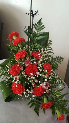 Tropical Flower Arrangements, Ikebana Flower Arrangement, Church Flower Arrangements, Alter Flowers, Church Flowers, Table Flowers, Altar Decorations, Flower Decorations, Modern Floral Design
