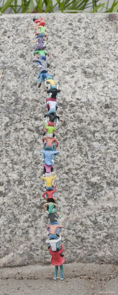 Little People - a tiny street art project of Slinkachu