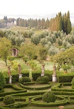 Formal Garden in Tuscany Places Around The World, The Places Youll Go, Places To Go, Around The Worlds, Landscape Architecture, Landscape Design, Garden Design, Hades And Persephone, Italian Garden