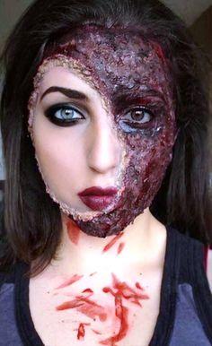 17. Halloween Scary Makeup