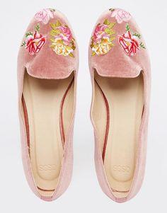 Imagen 3 de Zapatos planos con bordados MYLO de ASOS