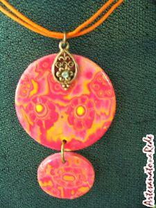 Aula Passo à passo - Batik com Carimbo de Borracha(pingente de biju) - Especialidade: Cerâmica Plástica. Artesanato na Rede - o MELHOR Portal de Artesanato na internet do Brasil