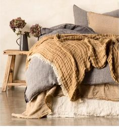 32 beautiful bedding ideas for your bedroom . - 32 beautiful bedding ideas for your bedroom - Linen Bedroom, Home Bedroom, Linen Bedding, Bed Linens, Brown Bedding, Bedroom Ideas, Mustard Bedding, Master Bedroom, Linen Bed Sheets