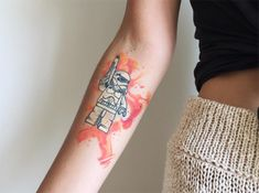 #tattoofriday - Baris Yesilbas e suas tatuagens aquareladas cheias de cor - stormtrooper;