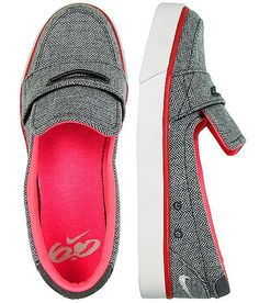 Nike Loafers!! I want these so bad!!!
