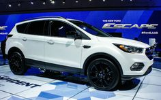 2017 Ford Escape Sport www.villaford.com