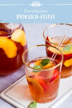 Iced tea is one of the most popular drinks in the summer. You can easily and quickly make this peach iced tea yourself. Smoothie Recipes, Smoothies, Peach Ice Tea, Iced Tea, Punch Bowls, Food And Drink, Healthy Recipes, Snacks, Fruit