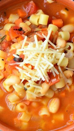 Pasta E Fagioli Soup ~ This comforting Pasta e Fagioli Soup is vegetarian and made with cannellini beans, ditalini pasta, veggies and lots of love