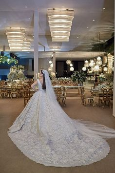50 gorgeous elie saab wedding dresses, copy the ideas 1 dresses hijab elie saab 50 gorgeous elie saab wedding dresses, copy the ideas 1 - Beauty of Wedding Princess Wedding Dresses, Dream Wedding Dresses, Bridal Dresses, Wedding Gowns, Blue Mermaid Prom Dress, Mermaid Dresses, Vestidos Elie Saab, Silver Bridesmaid Dresses, Fairytale Weddings