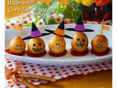 ハロウィン☆ミニアメリカンドッグおばけ君の画像 Halloween Snacks, Halloween Buffet, Halloween Table Decorations, Kawaii Halloween, Halloween Cookies, Happy Halloween, Halloween Backen, Kawaii Bento, Bento Recipes