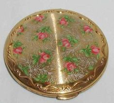 Vintage Stratton Rose & Lace Powder Compact C1950s