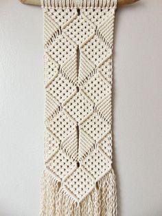 Handmade macramé wall hanging / Ross / 100% by SophiesWhatKnots