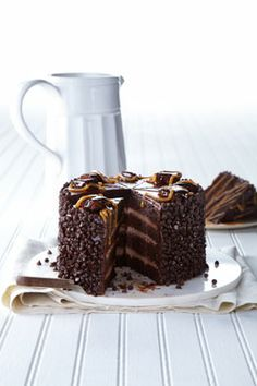 Q4ZVD Chocolate Seduction Cake