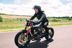 Sacha+Lakic+Honda+CX500+Cafe+Racer+Left+Side+Profile+Action