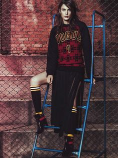 fernanda liz nathalia novaes by jacques dequeker for vogue brazil april 2014 1 Vogue Brasil Abril 2014 | Fernanda Liz e Nathalia Novaes por ...