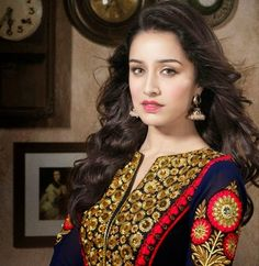 Shraddha Kapoor, Bollywood actress, Shraddha Kapoor makeup, shraddha kapoor pictures,shraddha kapoor wallpapers