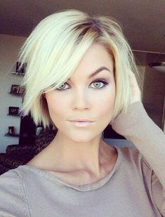Znalezione obrazy dla zapytania półdługie fryzury liche włosy