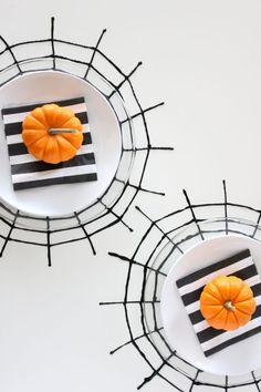 21 fantastiche immagini su fall   Halloween decor  cb211273f316