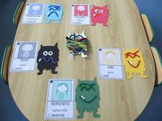"""Résultat de recherche d'images pour """"la couleur des émotions"""" Calm Box, Emotions Preschool, Feelings And Emotions, Book Activities, Emoji, Animation, Diy, Montessori, Reggio"""