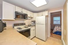 Eat in or dine out in the 1 bedroom condo in OC! 106 Talbot St 106, Ocean City, MD, Maryland & Delaware Beach Real Estate