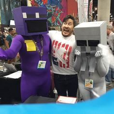 Markiplier meets Purple Guy & Ghost child (FNAF) at Comic Con 2015.