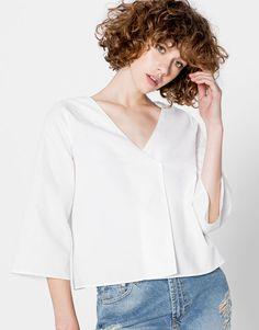 Pull&Bear - mujer - ropa - blusas y camisas - top popelin cruzado manga campana - blanco - 09470371-I2016