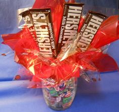 Send this chocolate gift to your sweetheart. They'll enjoy this sweet surprise!