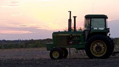 From Sunrise to Sunset: 100  Beautiful John Deere Photos