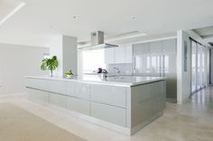 Italian Modern Kitchen Designs | Idea Modern Italian Kitchen, white kitchen beige tile floor