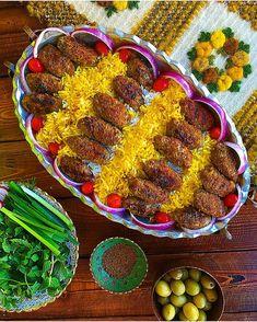 Image may contain: food Persian Kabob Recipe, Persian Recipes, Iranian Desserts, Palestinian Food, Iran Food, Iranian Cuisine, Arabian Food, Food Platters, Party Platters