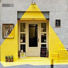 Save yourself some paint. Yellow today. Gone tomorrow. #lightmatters