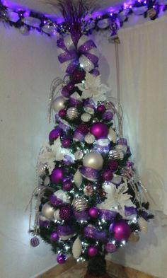 Rbol navidad decorado morado tejimoda pinterest - Arboles de navidad decorados ...