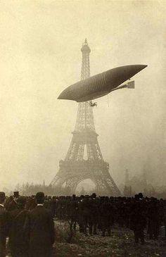 Comment était Paris avant 1900 ? http://www.pariszigzag.fr/histoire-insolite-paris/comment-etait-paris-avant-1900 …