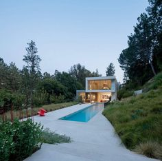 Coldwater Canyon Residence by Ehrlich Yanai Rhee Chaney Architects | HomeAdore