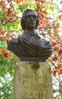 Le Jardin du Luxembourg : Statue of Fryderyk Chopin, born in Zelazowa Wola near Warsaw, Poland What Is Classical Music, Classical Opera, Classical Music Composers, Frederick Chopin, Palais Du Luxembourg, Statue En Bronze, Music Power, George Sand, Statues