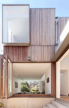 1917 Australian cottage gets a dazzling extension - Austalian firm Panovscott transformed a 1917 cottage into a bright and airy contemporary space that seamlessly incorporates history with a modern aesthetic, as well as indoor-outdoor living. Australian Architecture, Residential Architecture, Interior Architecture, Interior Design, Modern Architecture House, Modern Interior, Architecture Layout, Modern Buildings, Eco Construction