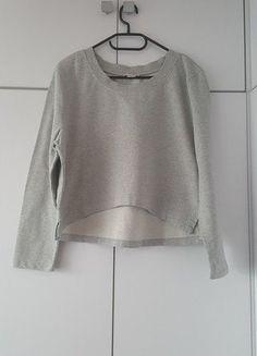 Kup mój przedmiot na #vintedpl http://www.vinted.pl/damska-odziez/bluzy/15941348-szara-krotka-bluza-basic-minimalizm-styl-skandynawski-hm