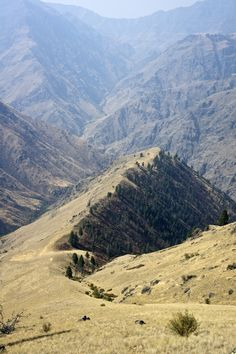 Straddling the Idaho/Oregon border, Hells Canyon is a rarely run rim-to-rim that drops more than 8,000 feet to the Snake River, making a challenging and rewarding adventure. Here's how to do it.