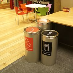 The Torpedo Single, circular recycling unit with a weighted swing lid, shown with A4 waste stream labels.