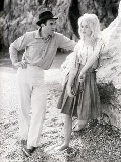 """Michel Piccoli & Brigitte Bardot in """"Le Mépris"""" (1963)."""