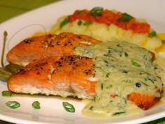 Trout In Creamy Sauce Recipe - http://easy-lunch-recipes.com/trout-in-creamy-sauce-recipe/