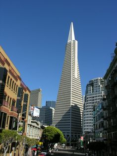 Transamerica Pyramid... Why did you do that to San Francisco :(