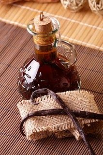 homemade vanilla extract- perfect as a gift with some hand written recipes